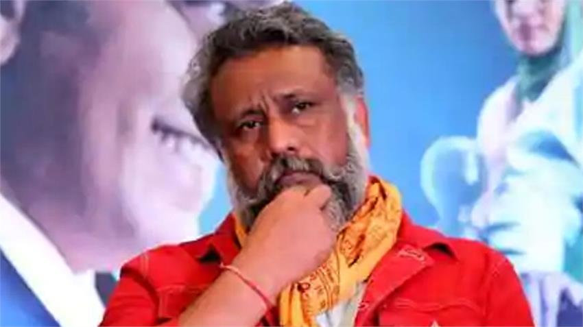 anubhav sinha said bollywood negative image made on tv news channels rkdsnt