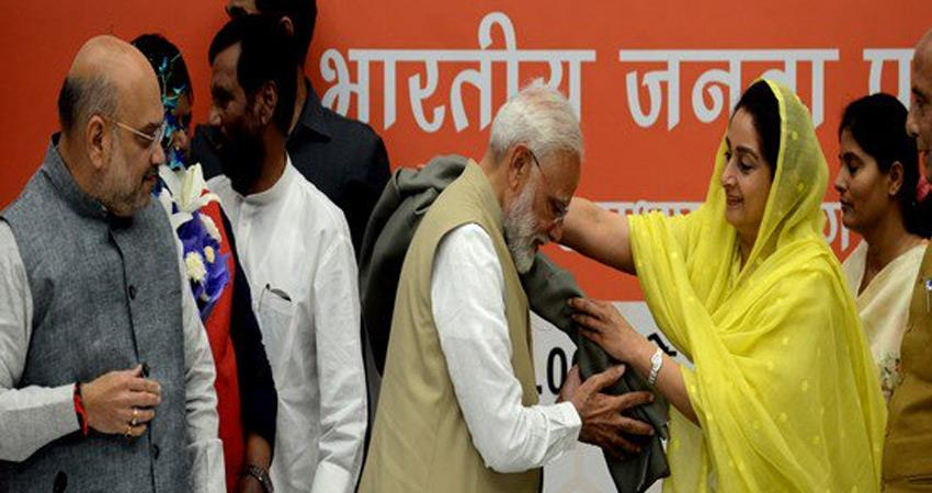 narendra-modi-compared-lok-sabha-election-campaign-with-pilgrimage-amit-shah-also-happy