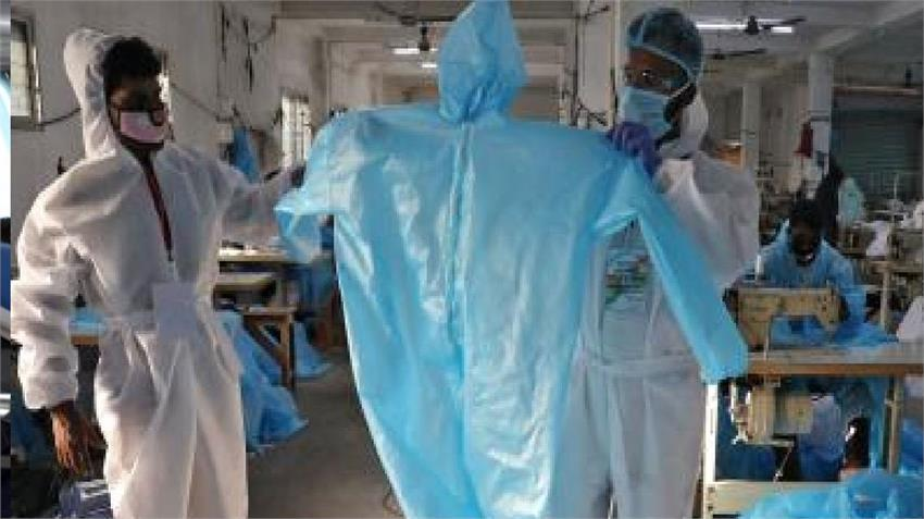 indian railways ppe uniform for doctors medical personnel fighting coronavirus privatization rkdsnt