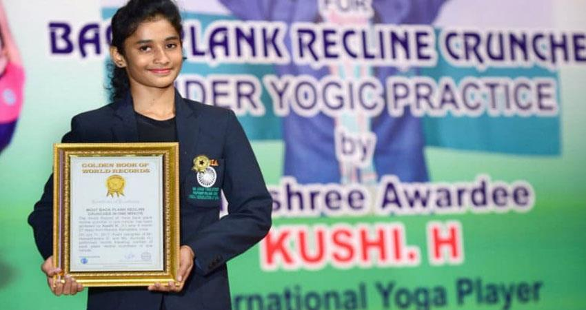 this-14-years-girl-set-a-world-record-in-yoga