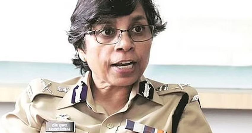 ips-officer-rashmi-shukla-reached-court-against-fir-in-phone-tapping-case-rkdsnt